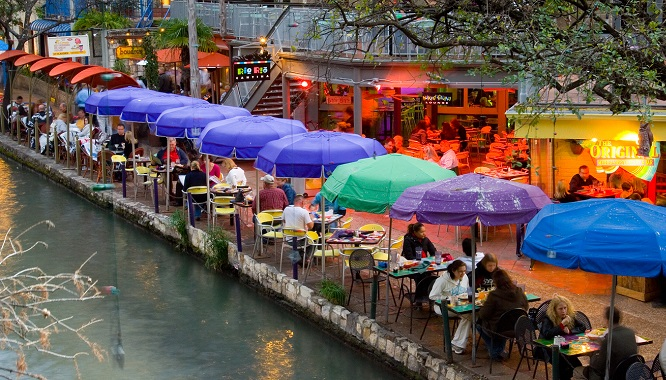 Tripps Travel Network Reviews a Vacation in San Antonio